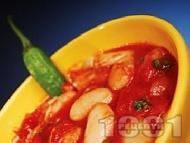 Бобена яхния от домати, чесън и босилек без запръжка